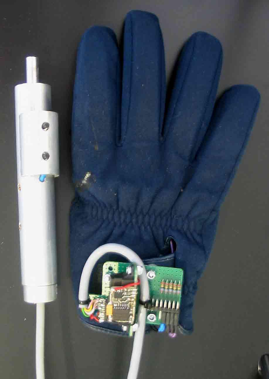Detonator and glove